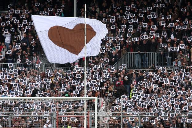 Nord Support-Choreo auf der Nordkurve. Foto: Antje Frohmüller