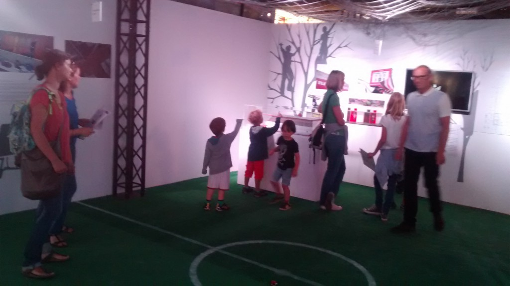 "Action in den Ausstellungsräumen bei der ""Museums-Rallye"". Foto: Natalie Bugs"