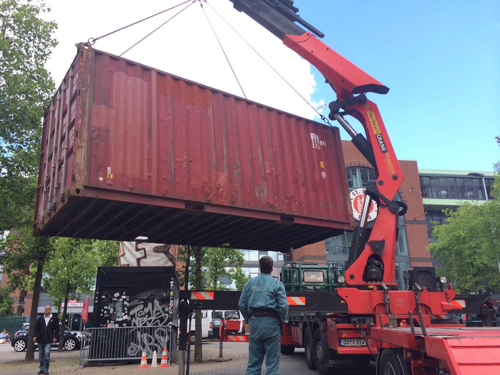 Der 1910-Container ist da!