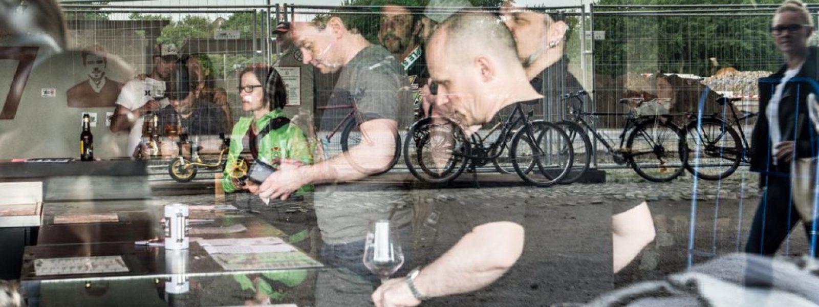 Weinfest gegen Rassismus (Fotos Sabrina Adeline Nagel) - 22